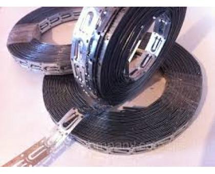 Оцинкована сталева монтажна стрічка для кріплення кабелю, крок 2 см.